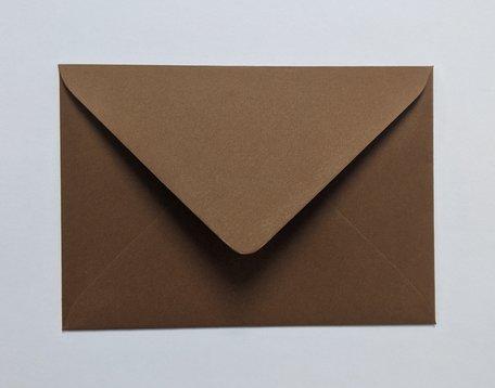 Envelop 11 x 15,6 cm Mooi Bruin