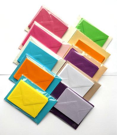 Envelop + dubbele kaart in diverse kleuren 60 stuks