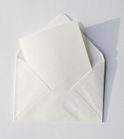 Dubbele kaart gebroken wit + envelop gebroken wit 11 x 15,6 cm 10 stuks
