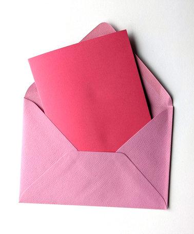 Dubbele kaart roze + envelop lichtroze 11 x 15,6 cm 10 stuks