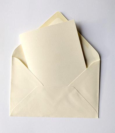 Dubbele kaart ivoor + envelop ivoor 12 x 18 cm 10 stuks