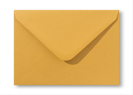 Envelop  15,6 x 22 cm Oker geel