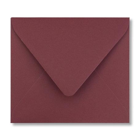 Envelop 12,5 x 14 cm Donkerrood