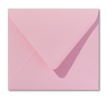 Envelop 12,5 x 14 cm Donkerroze