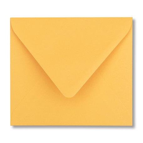 Envelop 12,5 x 14 cm Goudgeel