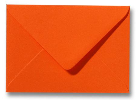 Envelop 8 x 11,4 cm Donkeroranje